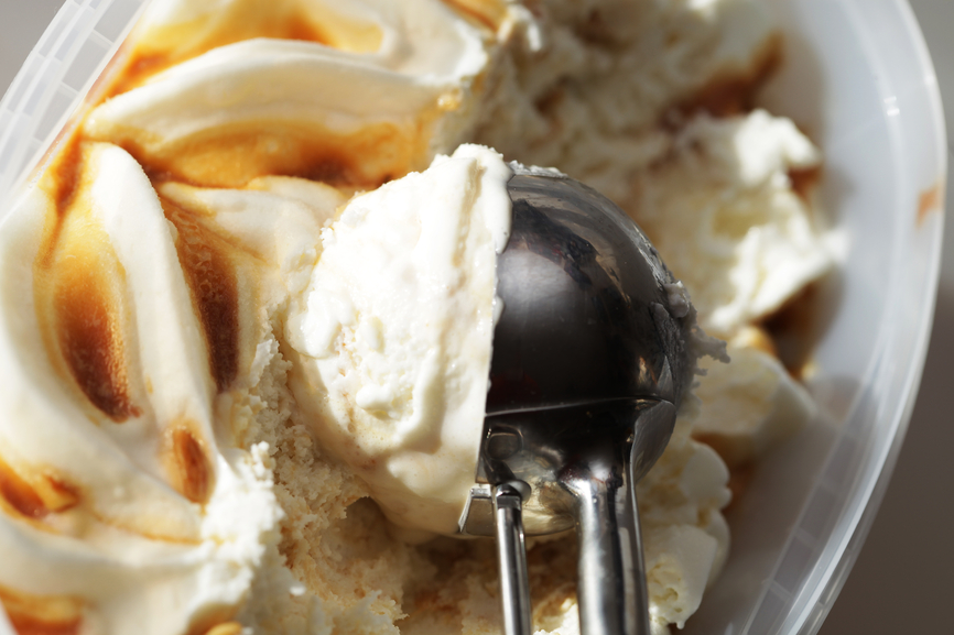 Port Wine Salted Caramel Ice Cream | Booze And Dessert In One Bite